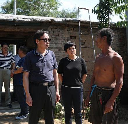 国家发改委宏观经济管理编辑部赴灵寿县开展定点扶贫调研