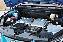 """纯电动汽车""""火""""了 电池安全可靠吗?"""