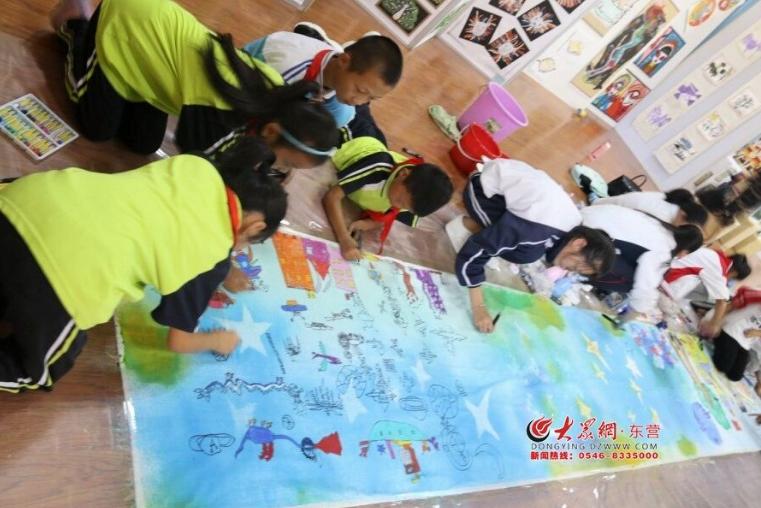 河口区教育局成功举办2018年庆教师节师生书画展