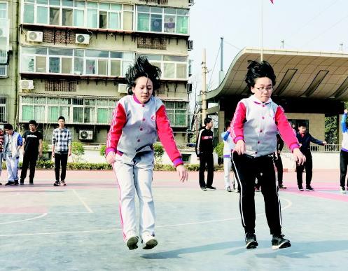 济南:体育测试成升学硬杠杠 初三生紧急减重20斤