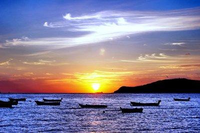 世界海洋休闲产业博览会在威海开幕