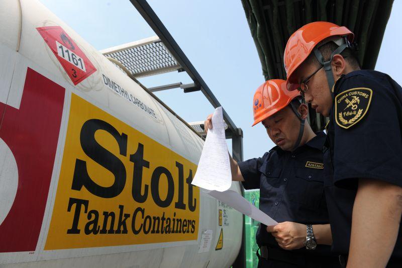 海关查获未经检验出口危险化学品22吨
