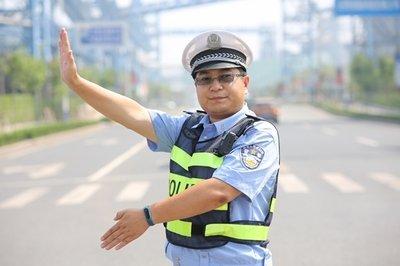 """道路交通事故先期处置!日照交警""""铁骑队""""组建运行"""