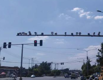 """电子眼闪烁有""""暗语""""?济南交警辟谣了:与交通违法行为无关"""