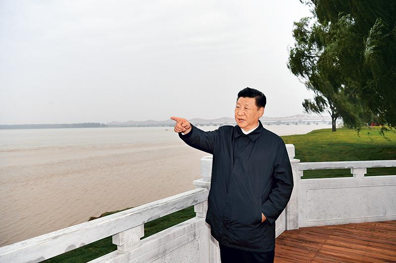 中宏观察家刘向东访谈(上篇):以九曲黄河万里沙的抗击精神打赢脱贫攻坚战