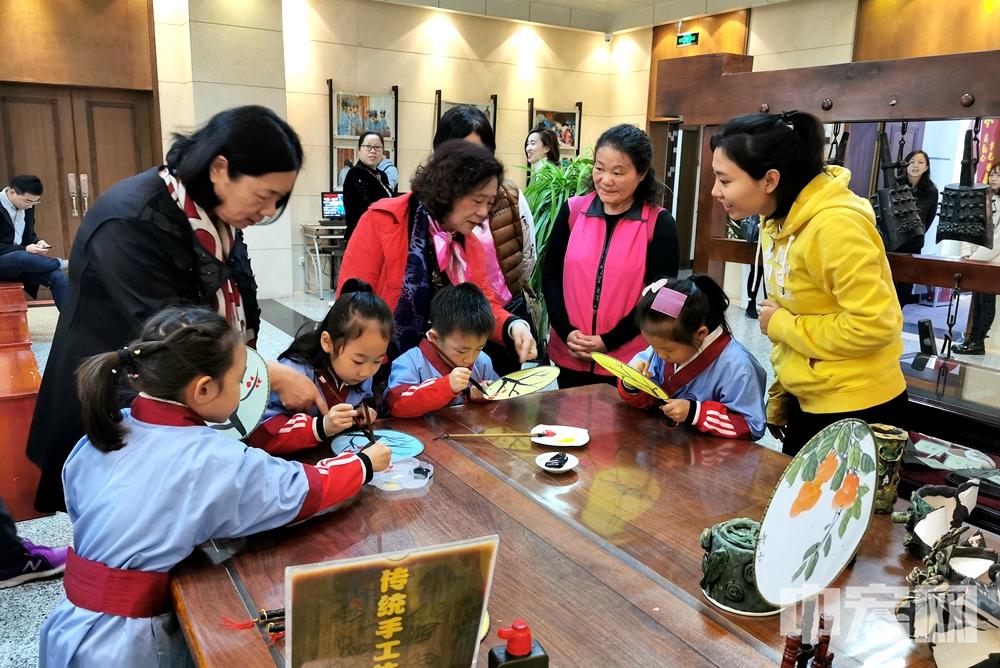 台湾澎湖县青溪妇女协会参访团来济南交流访问