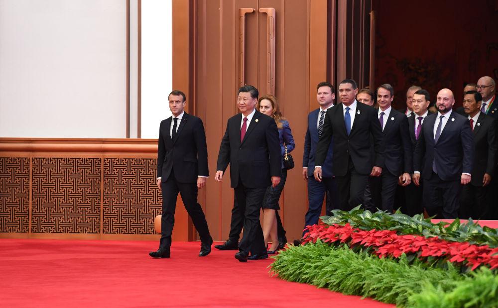 中宏观察家刘向东访谈(下篇):为世界架设通向未来与繁荣的桥梁
