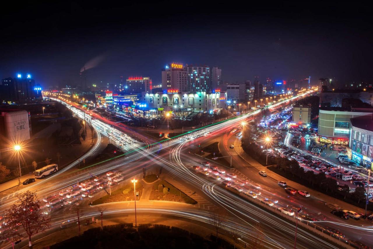上半年山东综合交通基础设施建设累计完成投资突破千亿元