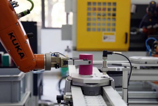 首个国家级新能源智能物流车实验室落户潍坊