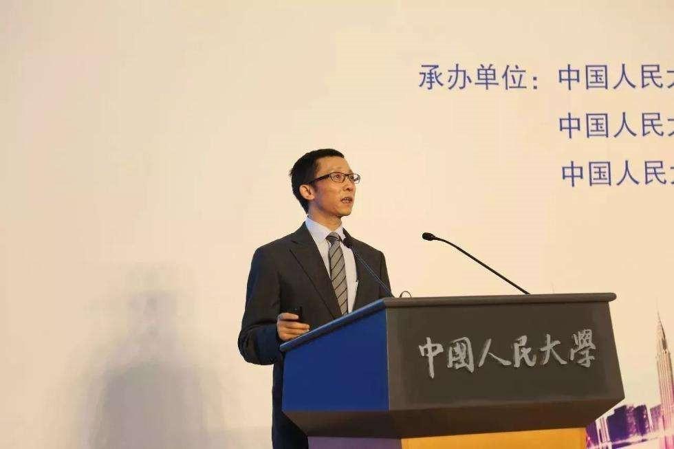 中宏观察家王晋斌:正确理解国际金融市场的剧烈波动