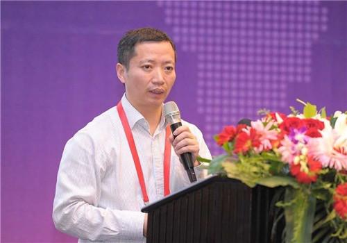 吴亚平:主动建立小微企业无息贷款机制