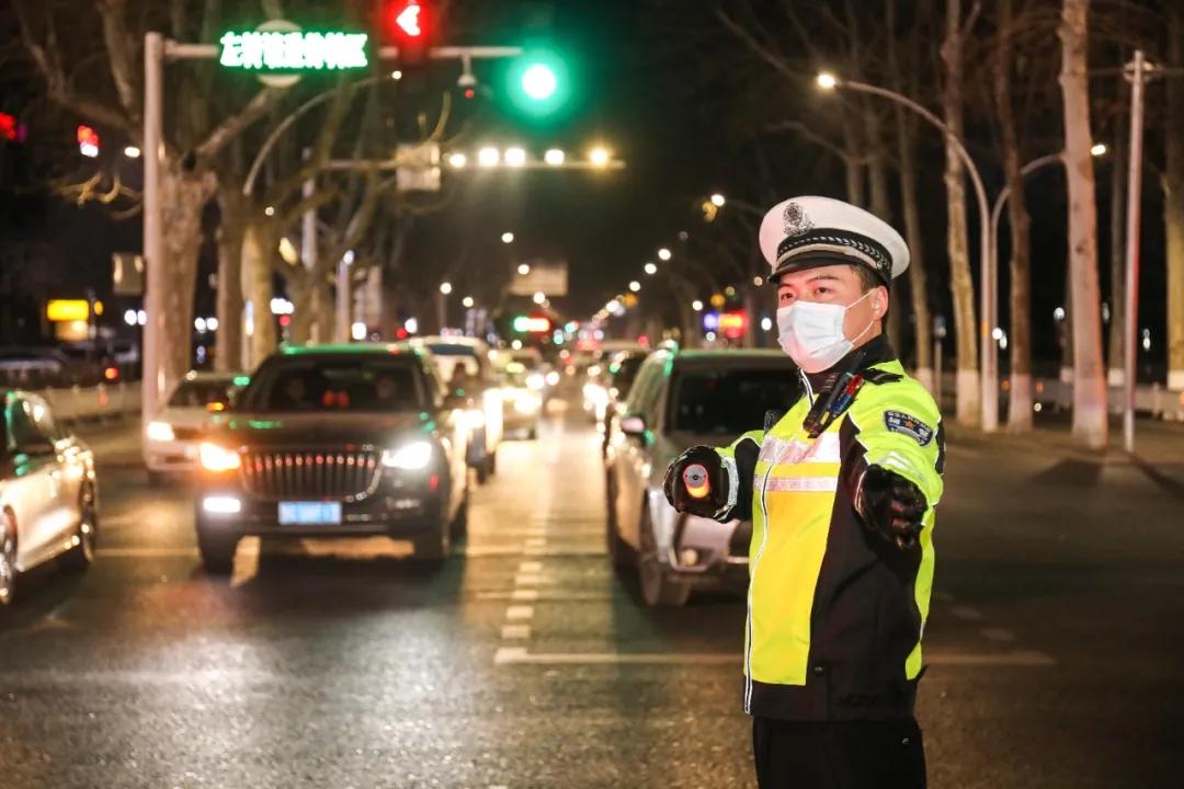 春节假期全省交通安全形势平稳