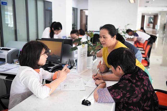 山东136个县(市、区)完成县级社会救助审核确认权委托下放